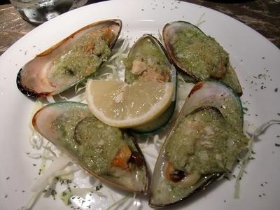 パッソアパッソ(Passo a passo)のパーナ貝の香草パン粉焼 750円